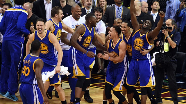 Golden-State-Warriors--2015-NBA-champions-jpg